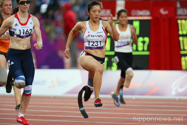 Saki Takakuwa (JPN), SEPTEMBER 1, 2012 - Athletics : Women's 100m - T44 Round 1 Heat 2 at Olympic Park - Olympic Stadium during the London 2012 Paralympic Games in London, UK. (Photo by Akihiro Sugimoto/AFLO SPORT)