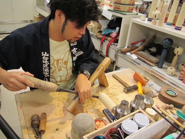 Yasuhiro Sato, Kokeshi craftsman in Sendai