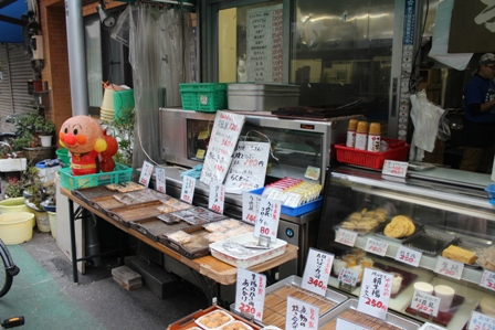 Otaya-Tofu sells not only tofu but also side dishes